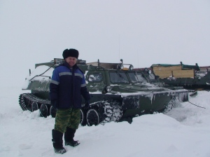 Mobility and roots: Taxi tank on Yamal 2011