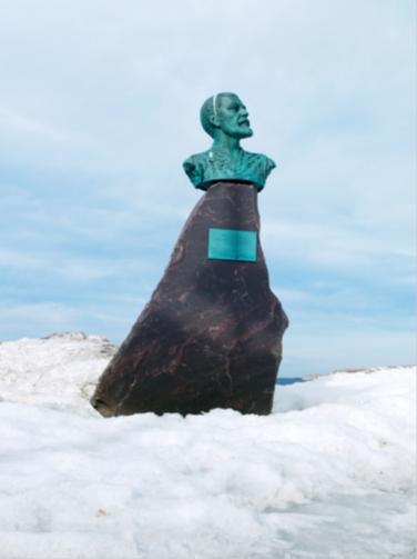 Photo Jeroen Toirkens.  Norway, Vardø Monument for Willem Barentsz in Vardø.