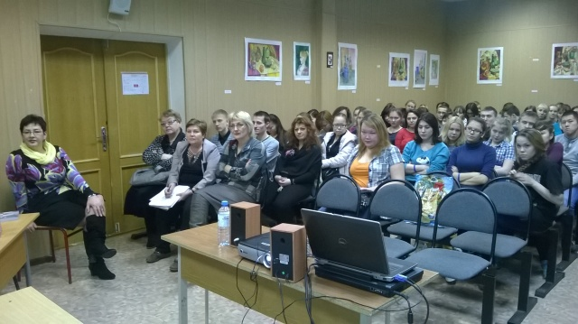 presentation of the ORHELIA DVD to students of the Naryan Mar Social Humanitarian college, a Uarctic partner