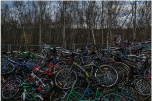 picture by Mauricio Lima for The New York Times, bicycles from refugees pile up at the Russian-Norwegian border - in the Arctic at almost 70 degrees northern latitude